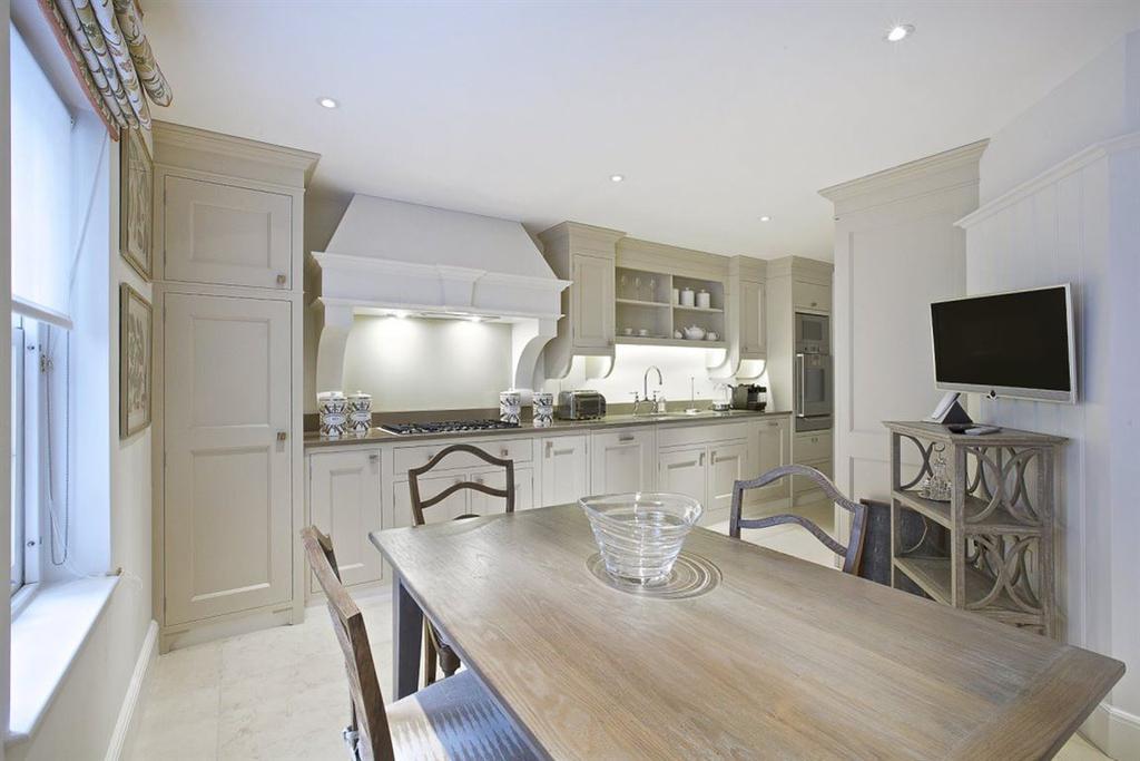 6 Bedrooms House for rent in Rutland Gardens SW7