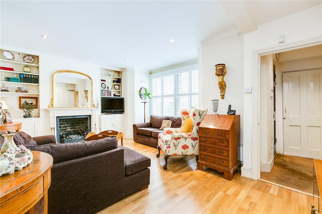 2 Bedrooms Flat for sale in Lurline Gardens, London