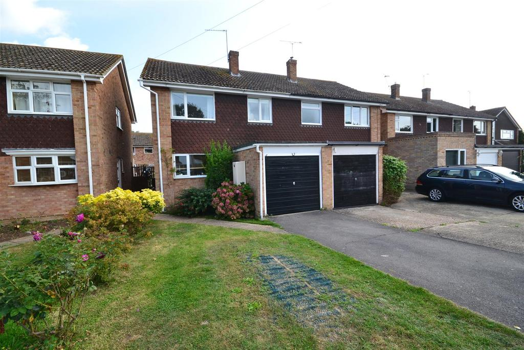 3 Bedrooms Semi Detached House for sale in Bate Dudley Drive, Bradwell-On-Sea