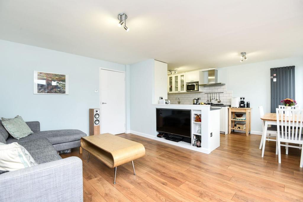 3 Bedrooms Flat for sale in Burlington Close, Maida Hill