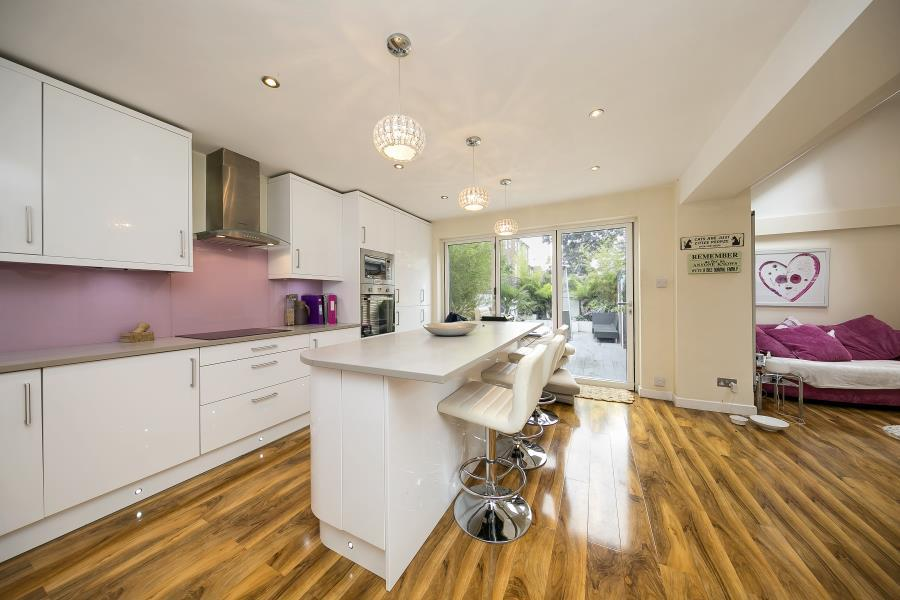 4 Bedrooms House for sale in Park Crescent