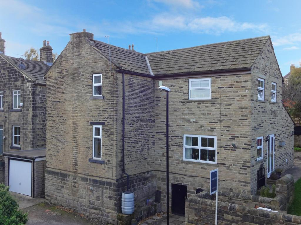 4 Bedrooms Detached House for sale in Clarke Street, Calverley