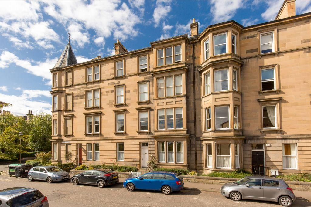 3 Bedrooms Flat for sale in 20/1 Fountainhall Road, Grange, Edinburgh, EH9 2NN