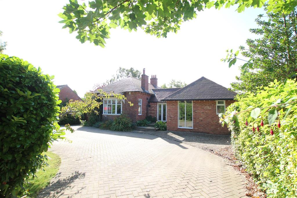4 Bedrooms Detached House for sale in Abbey Road, Darlington