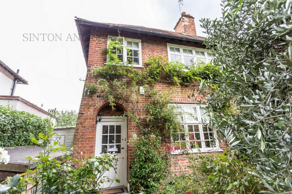 2 Bedrooms House for sale in Meadvale Road, Ealing, W5