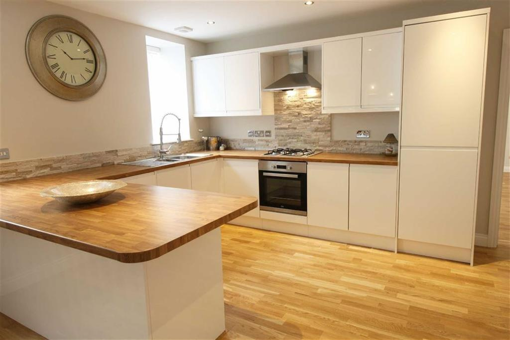 3 Bedrooms Detached House for sale in Alma Street, Aberdare, Mid Glamorgan