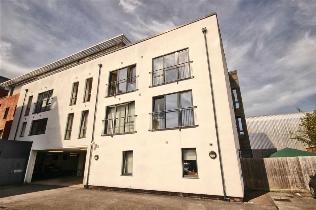 2 Bedrooms Flat for sale in Indigo Place, Dunalley Street, Cheltenham, GL50
