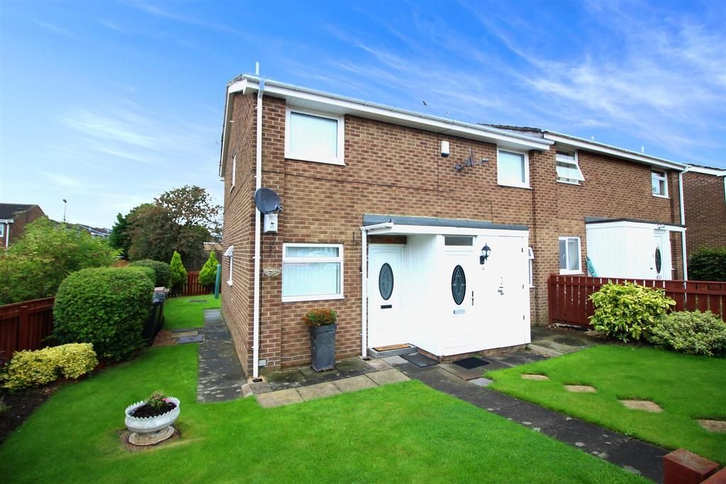 2 Bedrooms Flat for rent in Cannock, Killingworth, Newcastle Upon Tyne
