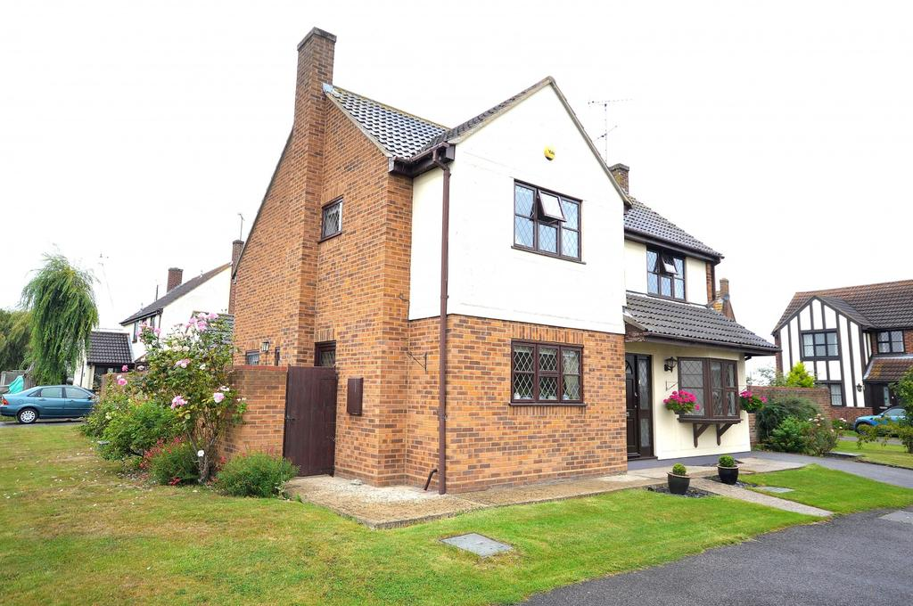 4 Bedrooms Detached House for sale in Esplanade, Mayland, Chelmsford, Essex, CM3