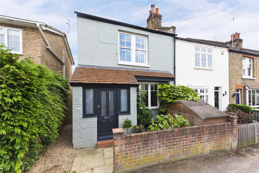 3 Bedrooms Semi Detached House for sale in Kings Road, Long Ditton, Surbiton, Surrey, KT6