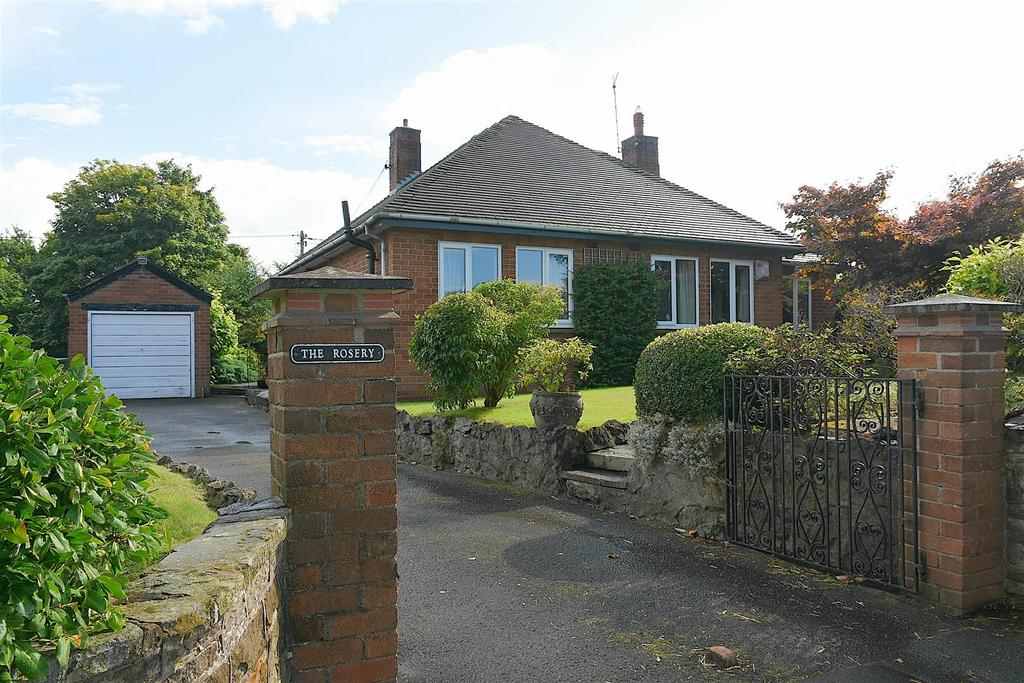 3 Bedrooms Detached Bungalow for sale in Cinderhill, Whitegate