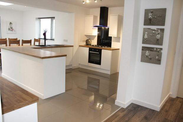 4 Bedrooms Bungalow for sale in Lichfield Lane, Mansfield, NG18