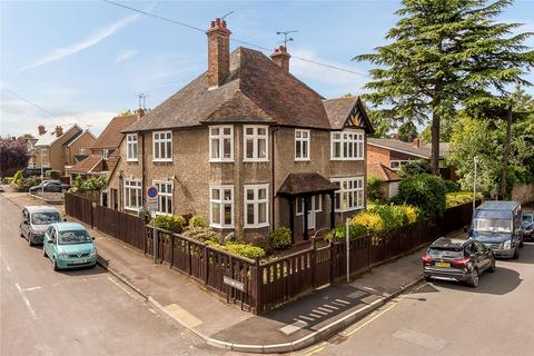 5 bedroom detached house for sale - Southborough Road, Chelmsford, CM2