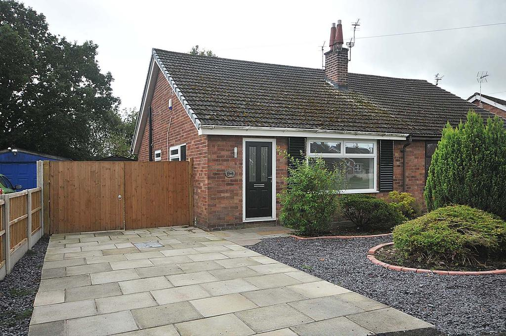 2 Bedrooms Semi Detached Bungalow for sale in Campbell Crescent, Great Sankey