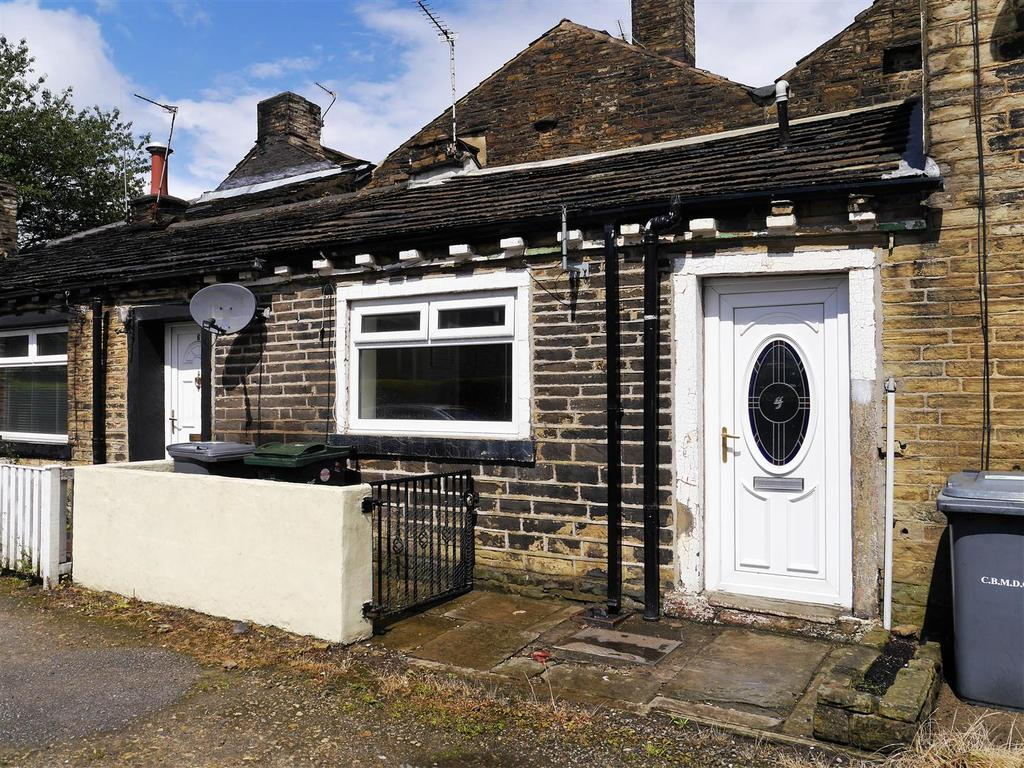 1 Bedroom Cottage House for sale in Holden Road, Wibsey, Bradford, BD6 1TF