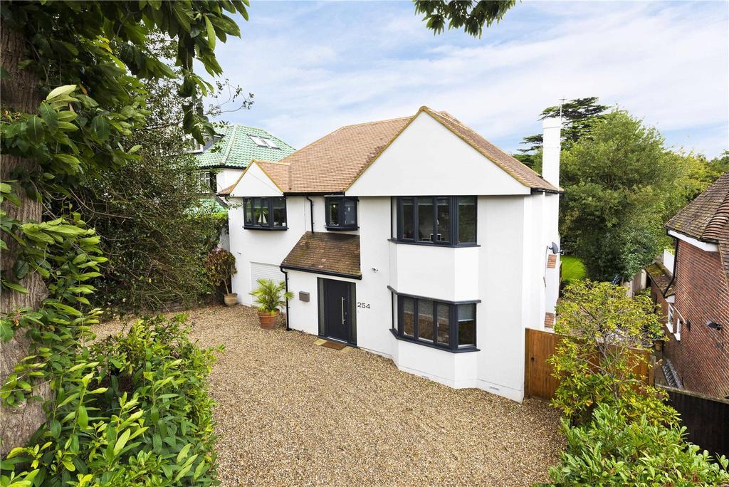 5 Bedrooms Detached House for sale in Brooklands Road, Weybridge, KT13