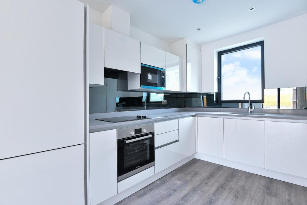 4 Bedrooms Semi Detached House for sale in Canning Crescent, Wood Green