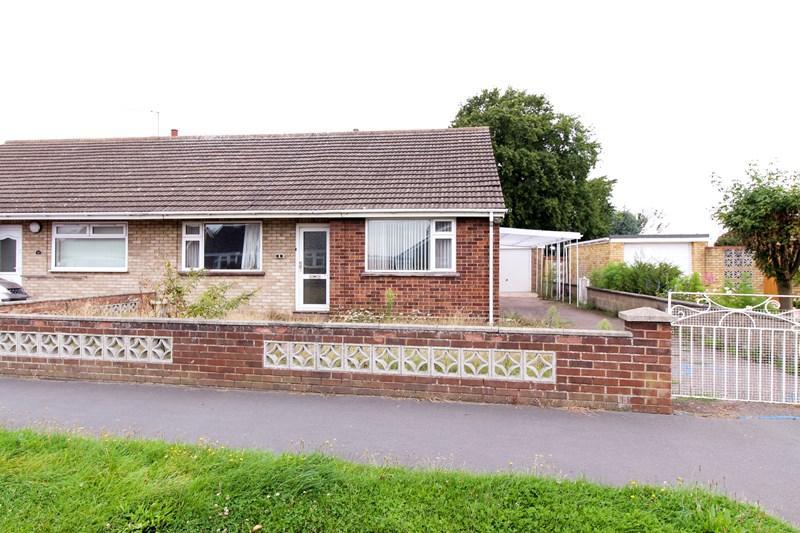 3 Bedrooms Semi Detached Bungalow for sale in Raymond Road, Hellesdon, Norwich