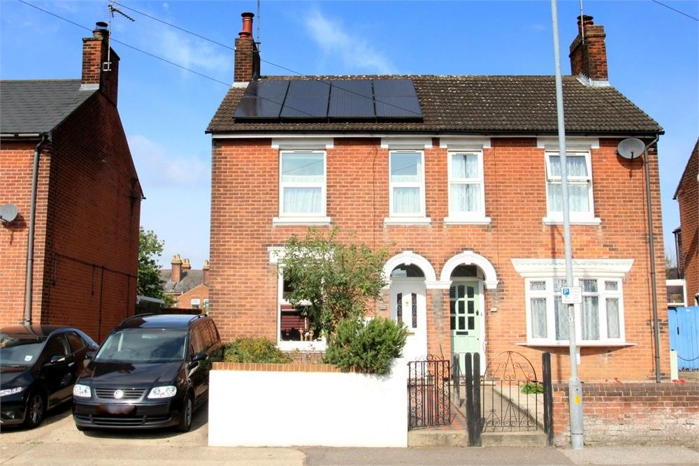 3 Bedrooms Semi Detached House for sale in Butt Road, COLCHESTER, Essex