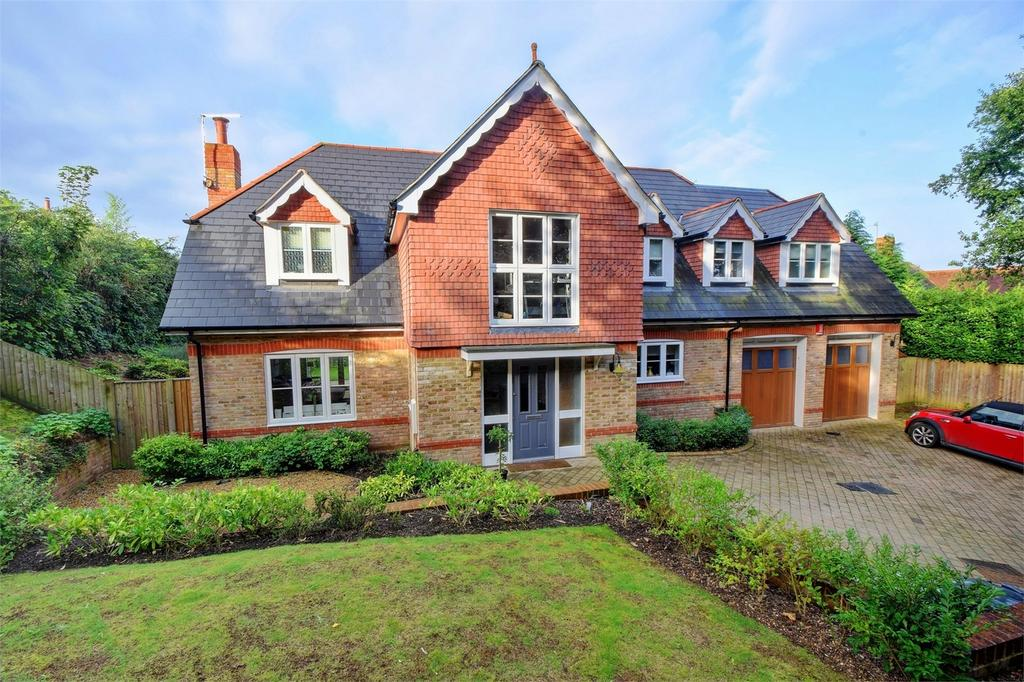 5 Bedrooms Detached House for sale in Hatch Lane, LISS, Hampshire