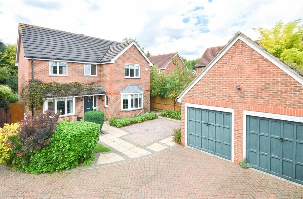 4 Bedrooms Detached House for sale in Coopers Close, BISHOP'S STORTFORD, Hertfordshire