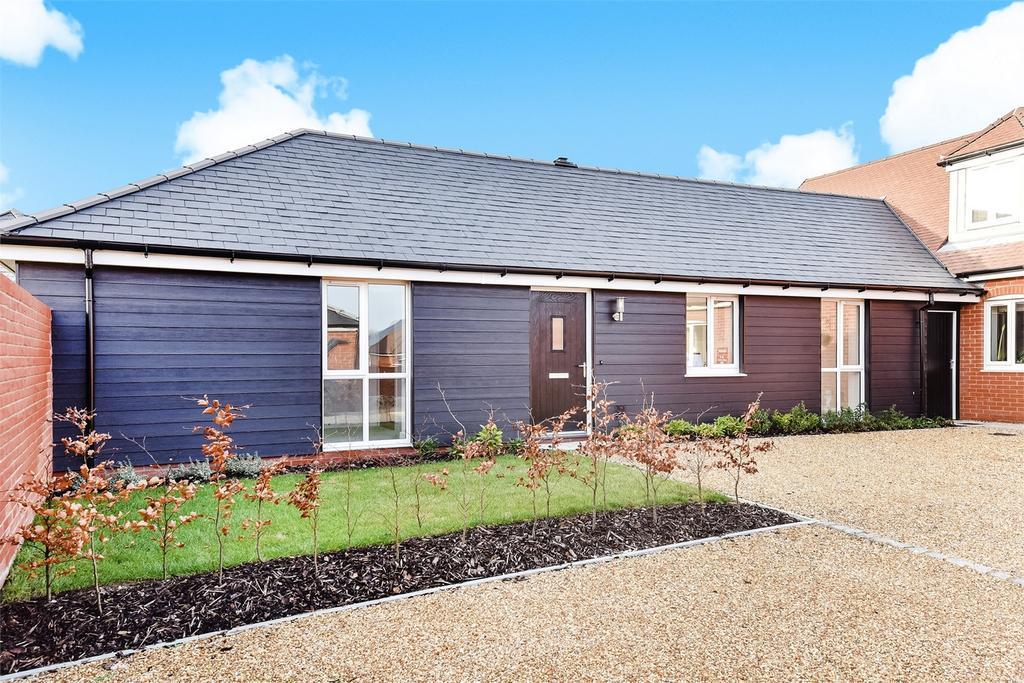 2 Bedrooms Semi Detached Bungalow for sale in Broughton, Stockbridge, Hampshire