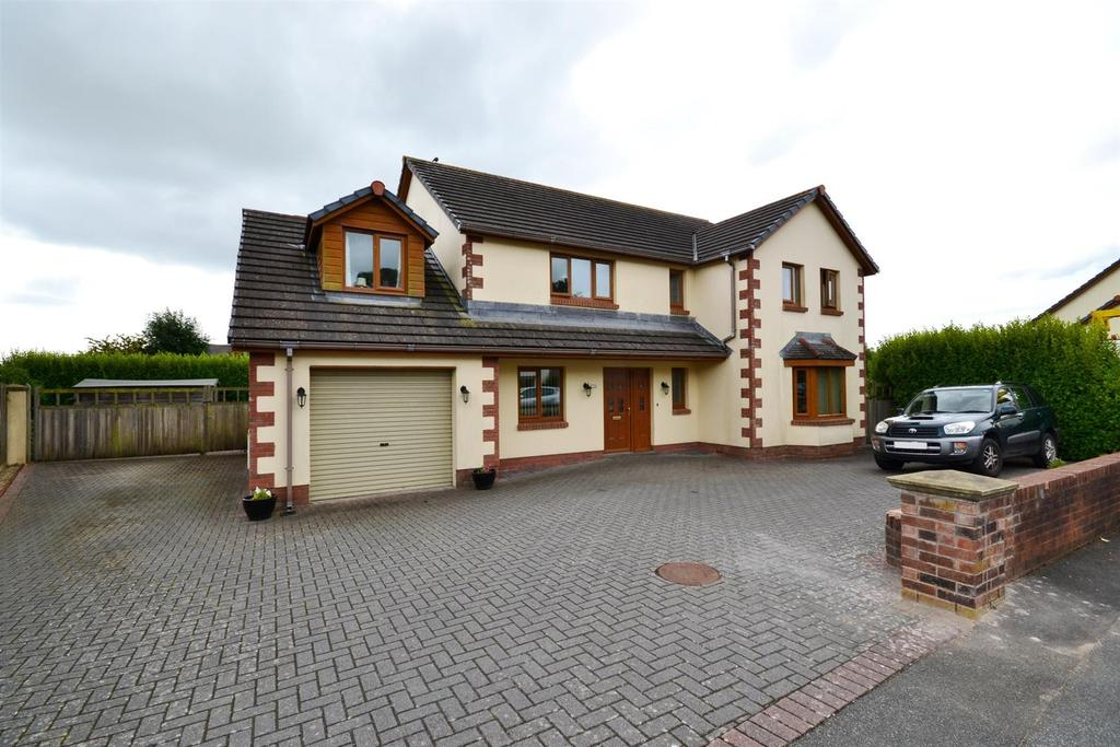4 Bedrooms Detached House for sale in Freemans Walk, Pembroke