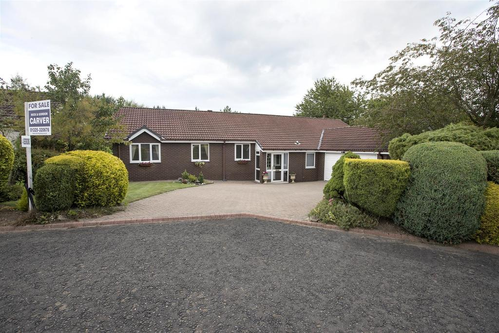 4 Bedrooms Detached Bungalow for sale in Low Green, Woodham