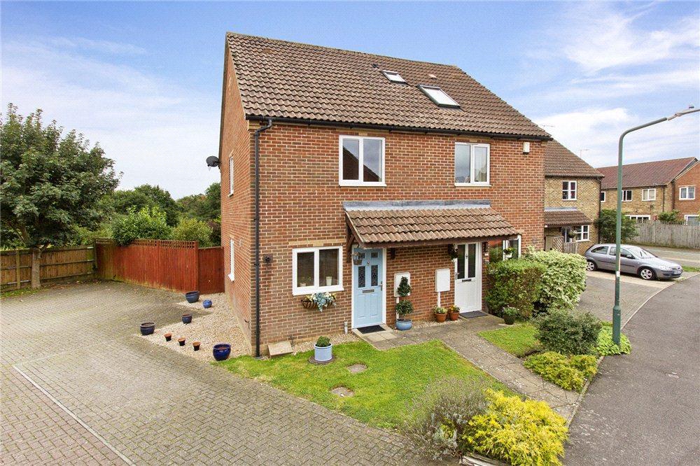 2 Bedrooms Semi Detached House for sale in Cobbetts Way, Edenbridge, Kent