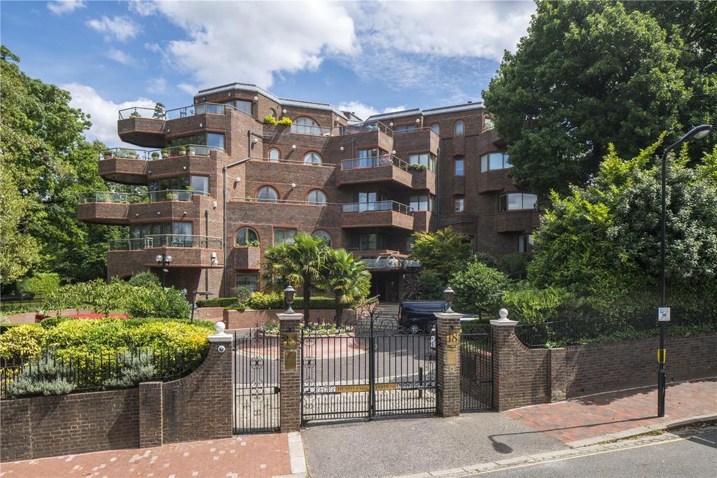 4 Bedrooms Flat for sale in Heath Park Gardens, Templewood Avenue, Hampstead, London