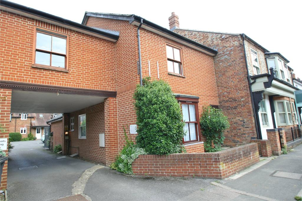 3 Bedrooms House for sale in Park Court, Thame, OX9
