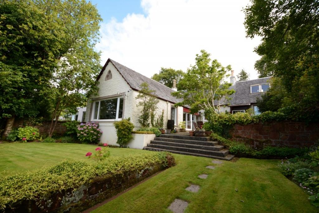 4 Bedrooms Detached House for sale in Stroove Cottage, Eglinton Terrace, Skelmorlie, PA17 5ER