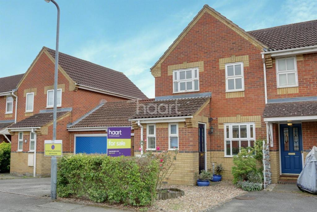 3 Bedrooms Semi Detached House for sale in Rutherford Close, Studio Way