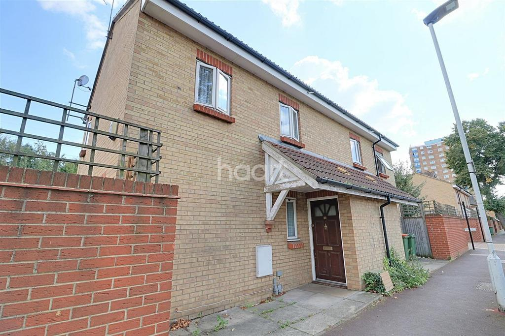 2 Bedrooms End Of Terrace House for sale in Grantham Road, Manor Park