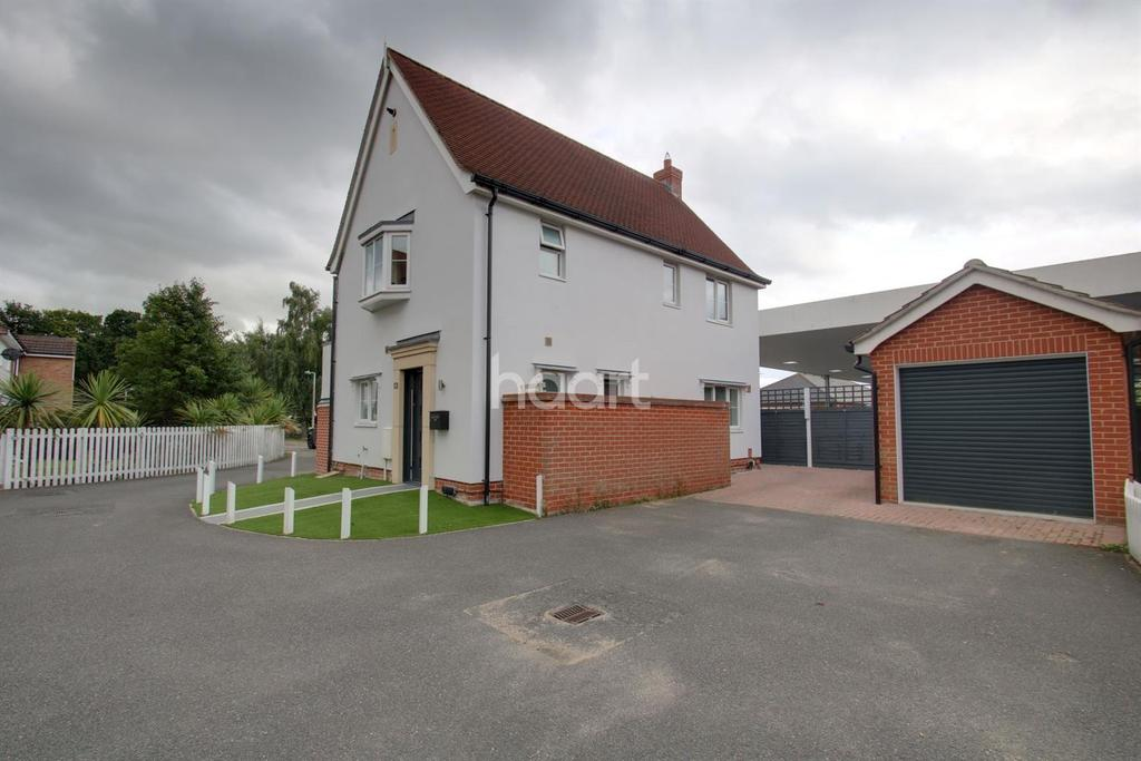 3 Bedrooms Detached House for sale in Bullock Wood Close, Colchester.
