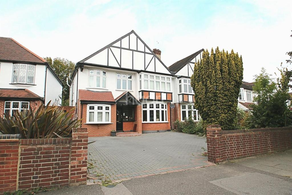 5 Bedrooms Semi Detached House for sale in Main Road, Gidea Park