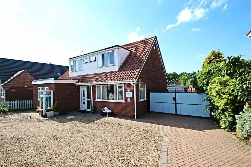 4 Bedrooms Bungalow for sale in Norman Drive, Hatfield, Doncaster