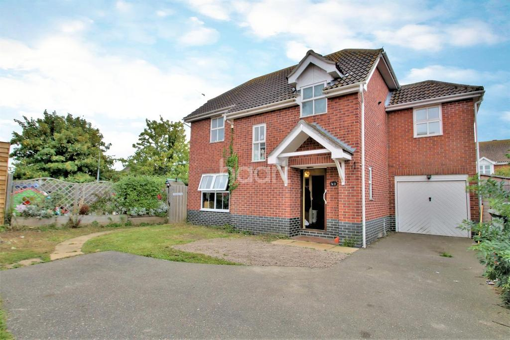 4 Bedrooms Detached House for sale in Pevensey Drive