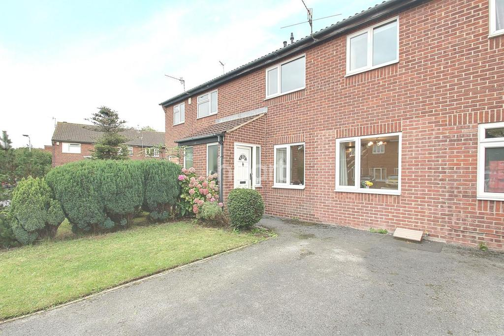 3 Bedrooms Terraced House for sale in Northwold Avenue, West Bridgford, Nottinghamshire