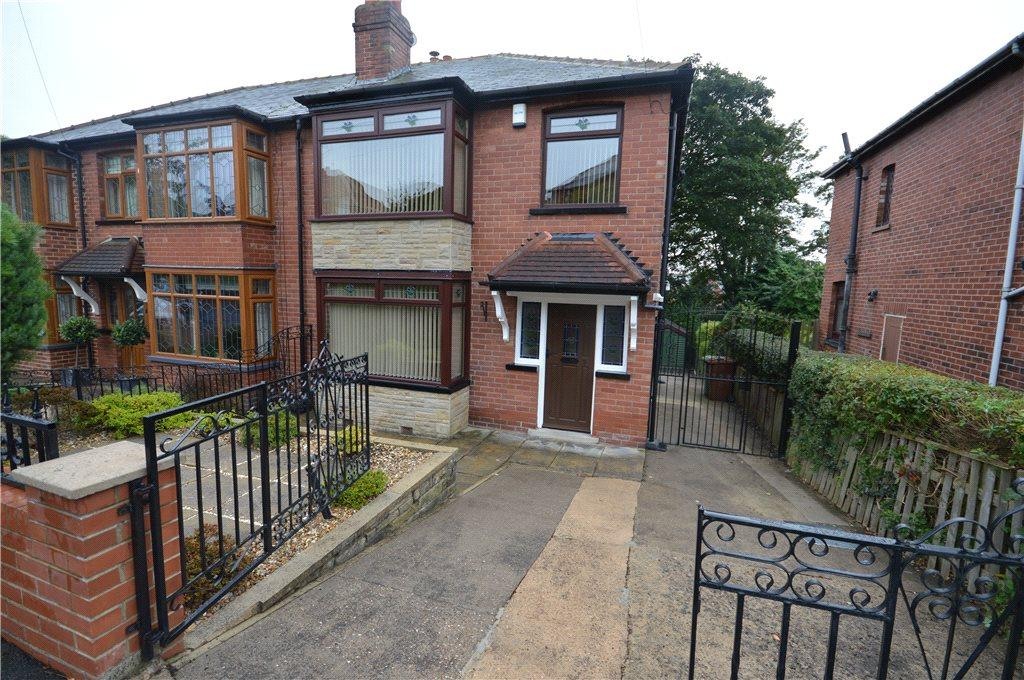 3 Bedrooms Semi Detached House for sale in Greenville Gardens, Leeds, West Yorkshire