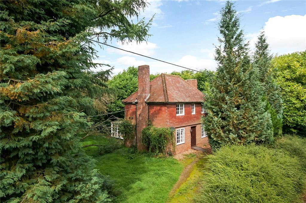 3 Bedrooms Detached House for sale in Bull Farm, Lovedon Lane, Winchester, Hampshire, SO21