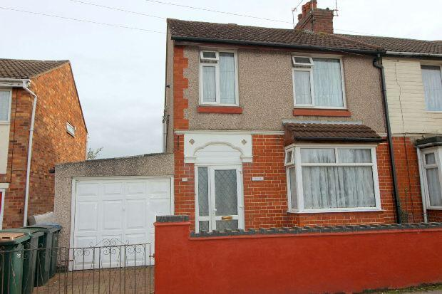 3 Bedrooms Semi Detached House for sale in Old Church Road, Little Heath, Coventry