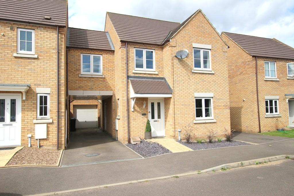 4 Bedrooms Link Detached House for sale in Lester Way, Littleport