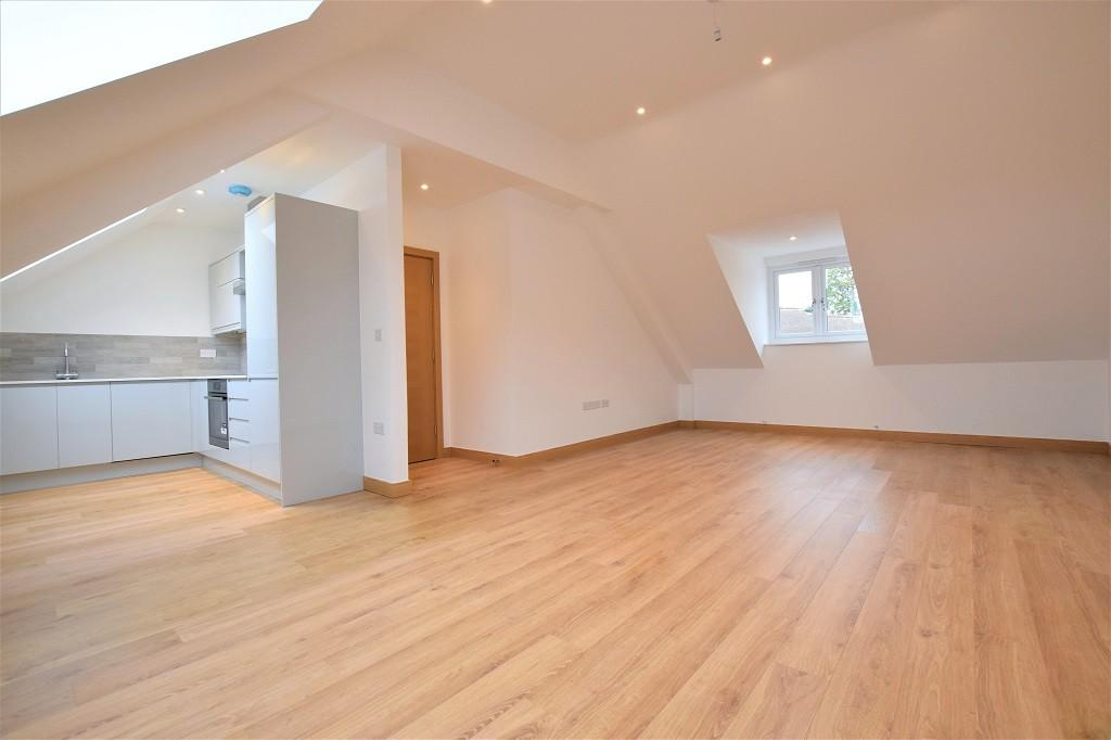 3 Bedrooms Apartment Flat for sale in Twyford Court, High Street