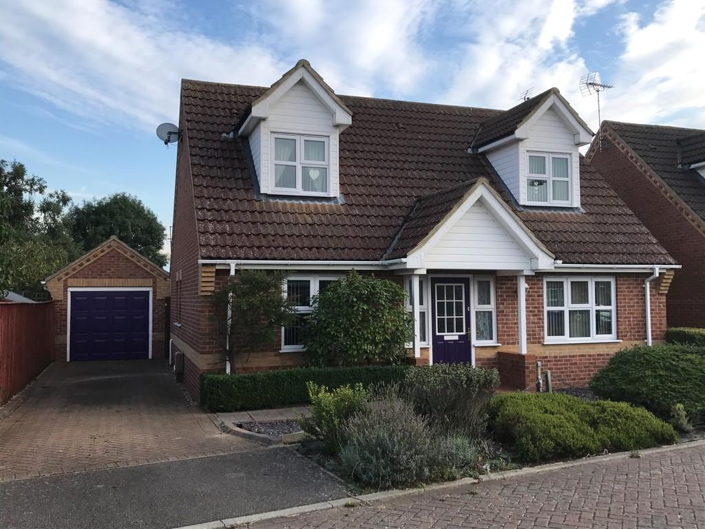 3 Bedrooms Chalet House for sale in Briscoe Way, Lakenheath