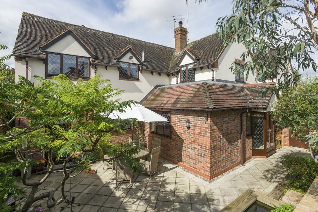4 Bedrooms Detached House for sale in Ferry Lane, Alveston, Stratford-Upon-Avon