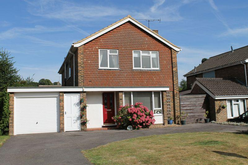 4 Bedrooms Detached House for sale in Wykeham Road, Guildford