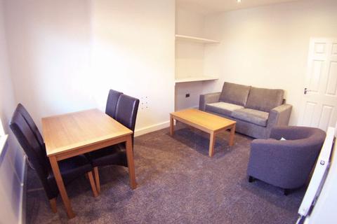 3 bedroom terraced house to rent - Harold Street, Leeds