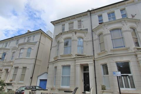 Studio to rent - Albert Road, Brighton