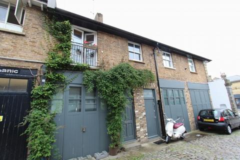 3 bedroom terraced house to rent - Queens Place, Brighton And Hove